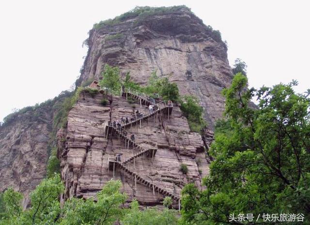 河南林州王相岩风光迷人,写生基地游客多