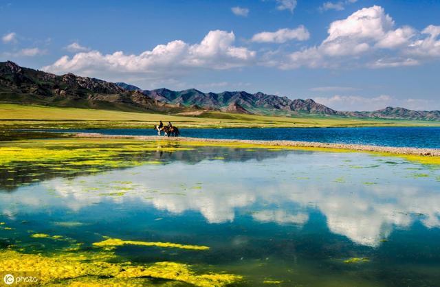 在那遥远的地方,大而美的新疆十大名胜