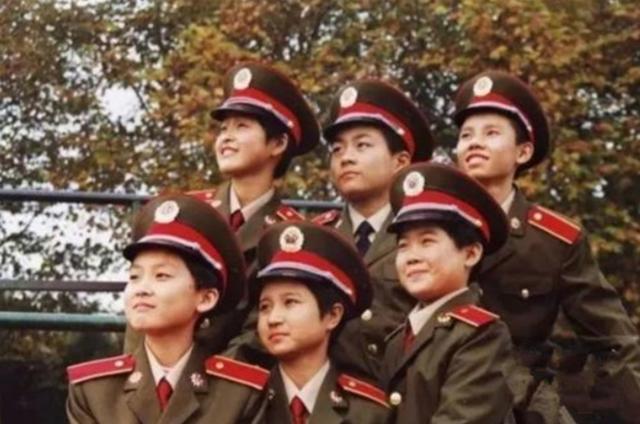 军队中的特殊人才,长期被严格保密,年仅8岁成为现役军官